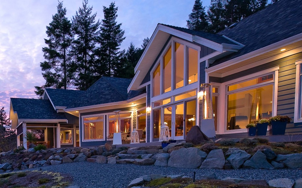 Ocean home with big beautiful windows