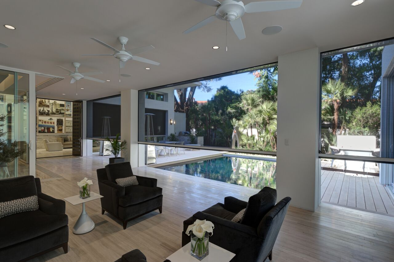 The New American Home 2012 - Orlando, FL - join your indoor outdoor spaces with Phantom Screens